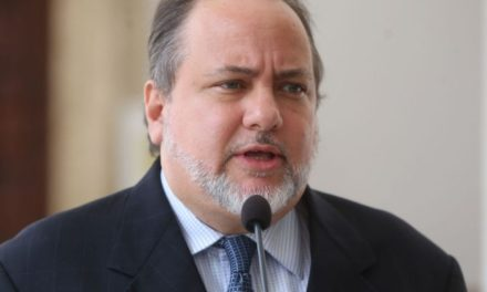 ANC designó a Alfredo Ruiz Angulo como Defensor del Pueblo
