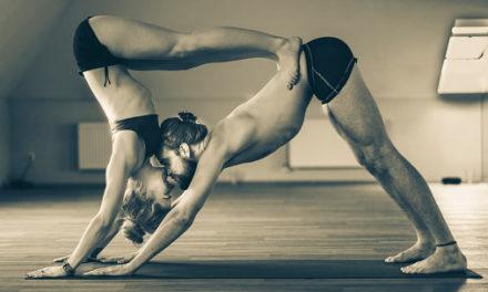 Conoce de qué trata el yoga para el amor