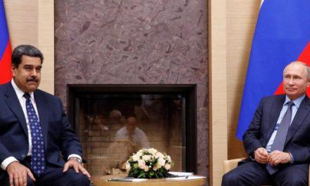 Maduro firmó contratos con Rusia por 6.000 millones de dólares en minería y petróleo