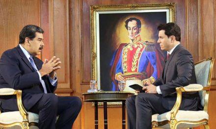Maduro: Guaidó tendrá que enfrentar la justicia cuando regrese a Venezuela
