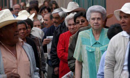 Abuelos cobrarán la pensión el próximo viernes 22 de febrero