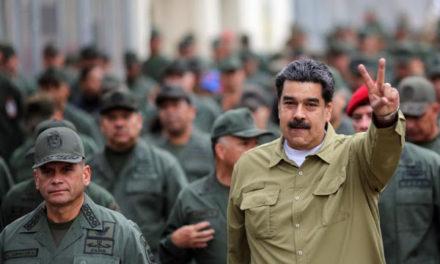Maduro expulsó a 13 oficiales de la Fanb por actos de traición a la patria