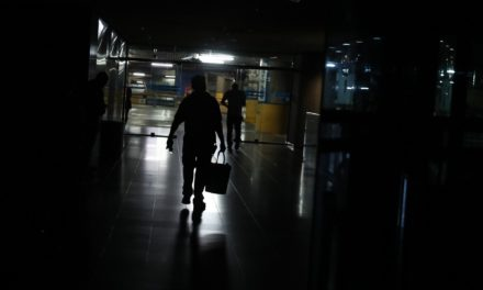 Nuevo megapagón dejó a oscuras a 16 estados del país