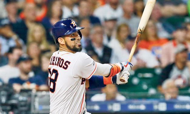 El venezolano Robinson Chirinos guió el triunfo de los Astros
