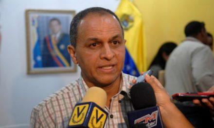 Ministro Gavidia informa que hay averías por condiciones climáticas