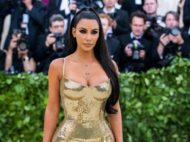 Kim Kardashian anunció el nacimiento de su cuarto hijo