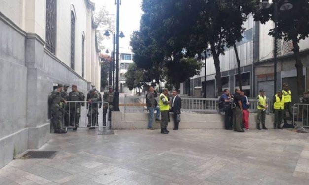 GN y Sebin tomaron el Palacio Federal Legislativo e impidieron entrada a diputados