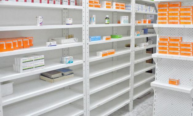 Sector farmacia registra caída de 49 % en la producción de fármacos