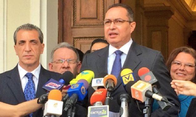Diputado Richard Blanco pidió protección al Gobierno argentino