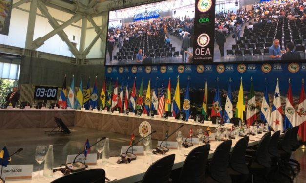 Almagro propone tarjeta de movilidad regional para venezolanos