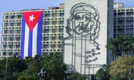 """Gobierno cubano declaró que la solidaridad con Nicolás Maduro """"no es negociable"""""""