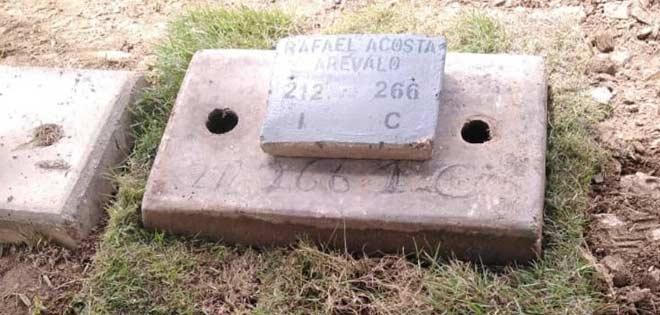 Sepultaron el cuerpo del capitán Acosta Arévalo