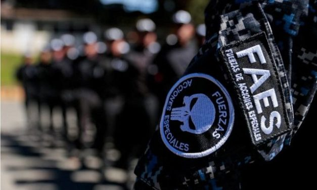 FAES ultimó a dos sospechosos armados
