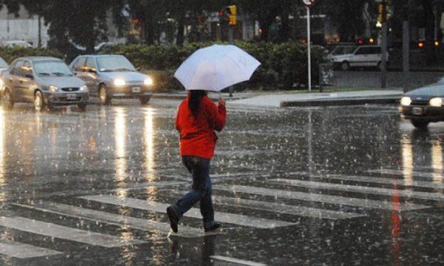 Prevén lluvias en gran parte del país por paso de Onda Tropical
