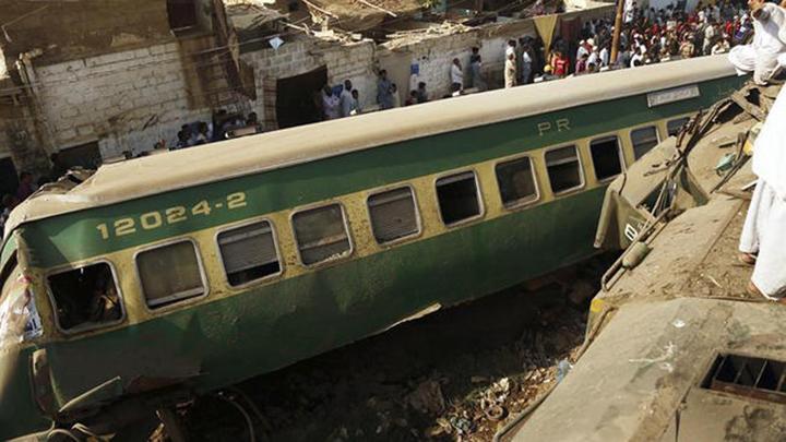 Accidente de tren en pakistán dejó al menos 10 muertos y 40 heridos
