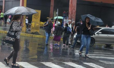 Onda Tropical causará fuertes lluvias en gran parte del territorio venezolano