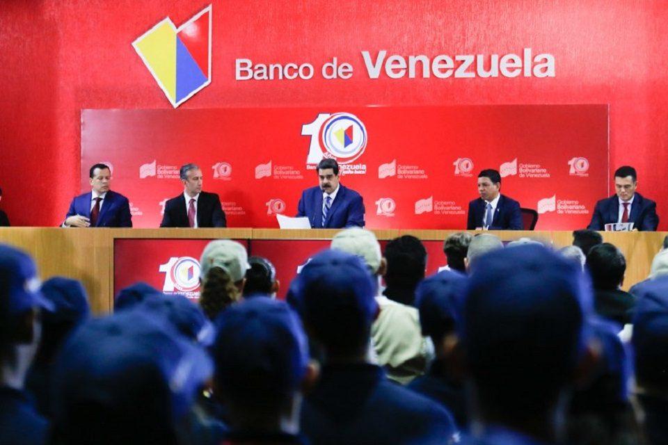Maduro aprobó apertura de taquillas del BDV para transacciones en criptomonedas