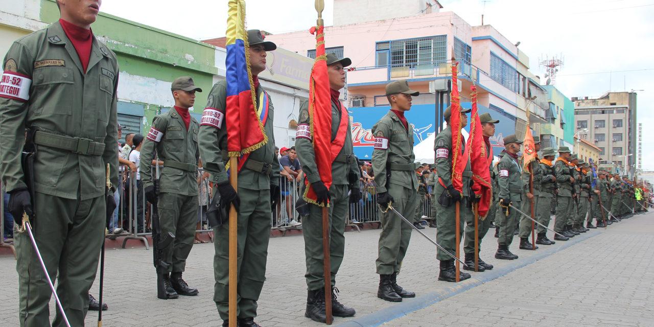Desfile del Bicentenario de la Batalla de Boyacá se llevó a cabo en Barcelona