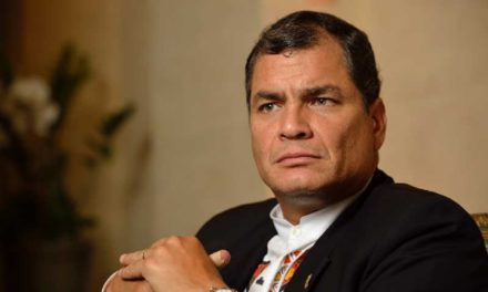 Ordenan prisión preventiva para Rafael Correa por presunta implicación en caso de sobornos