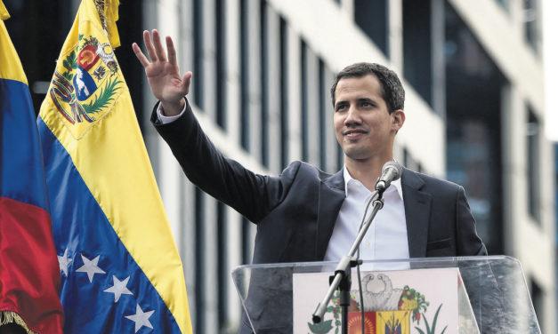 Guaidó se mantiene como el líder mejor valorado del país