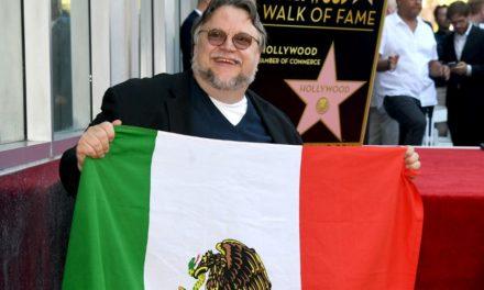 Guillermo del Toro recibe su estrella en el Salón de la Fama de Hollywood