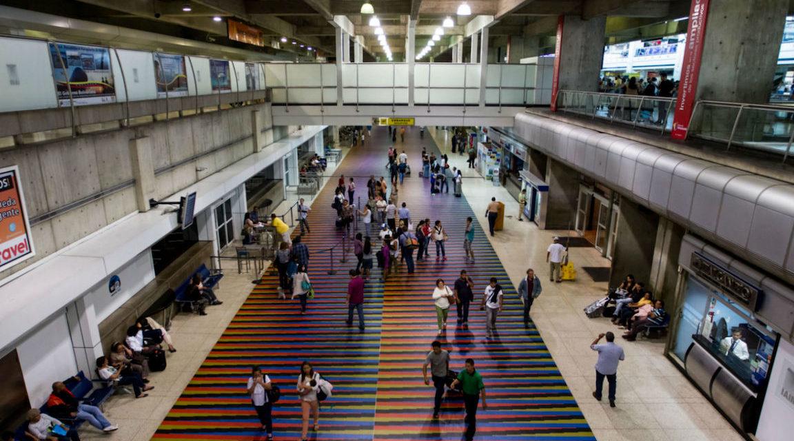 Aerolíneas incrementan los precios de boletos con destinos nacionales