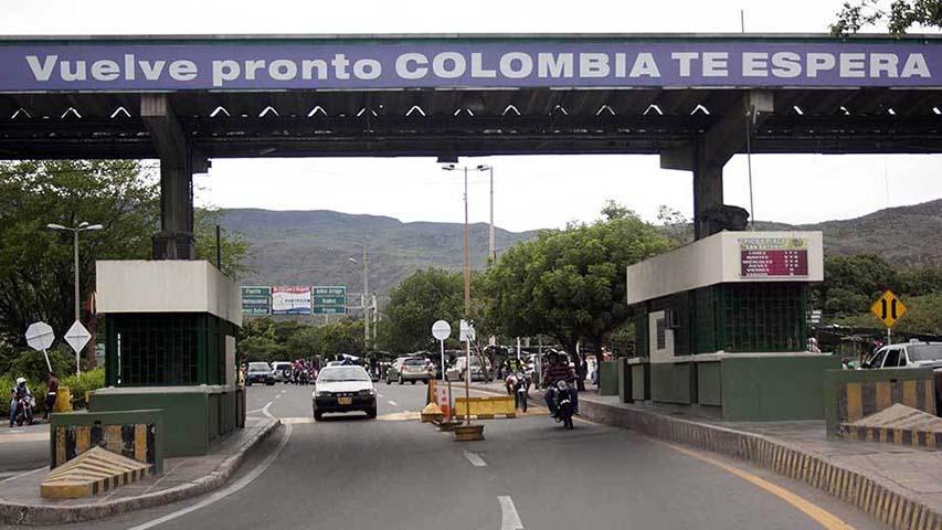 Colombia en «alerta máxima» por ejercicios militares de Venezuela