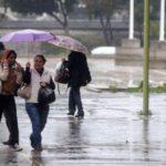 Onda tropical Nº 43 originará lluvias este martes en varias regiones del país