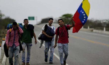Ecuador estudia abrir corredor humanitario a migrantes venezolanos