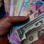 Profesores universitarios proponen salario mínimo en 400 dólares