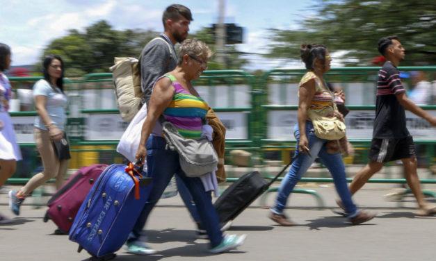 Ecuador, Perú y Chile compartirán información sobre visas a venezolanos